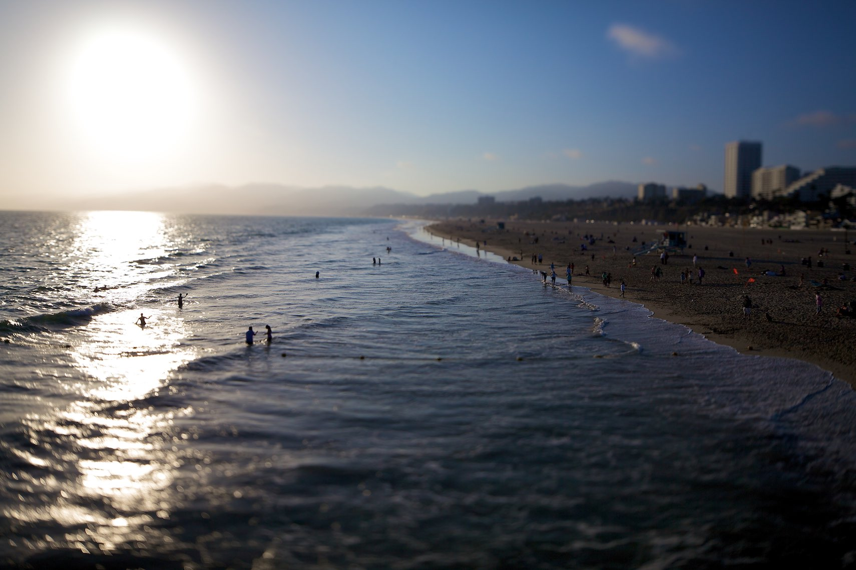 LaforetSantaMonicaBeachTilt-Shift01